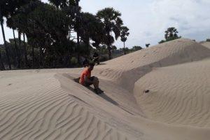 Pantai Outune Kupang